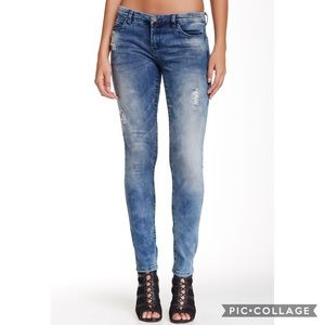 [BLANKNYC] The Classique Skinny Jean in Pole Cycle